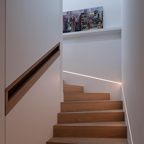 Velette per illuminazione indiretta ad incasso nel - Chiusura vano scala interno ...